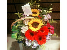 Gorgeously arranged fresh flowers and 6 essence of chicken
