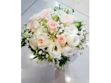 Lifetime Happiness- 9 trendy champagne roses bridal bouquet