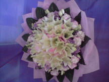 Huge 12  White Lilies Bouquet