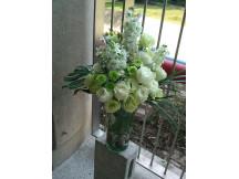 Stunning Fresh Floral Table Arrangement in Vase