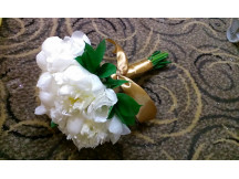 New Design -elegantly dressed up white Peony Bouquet